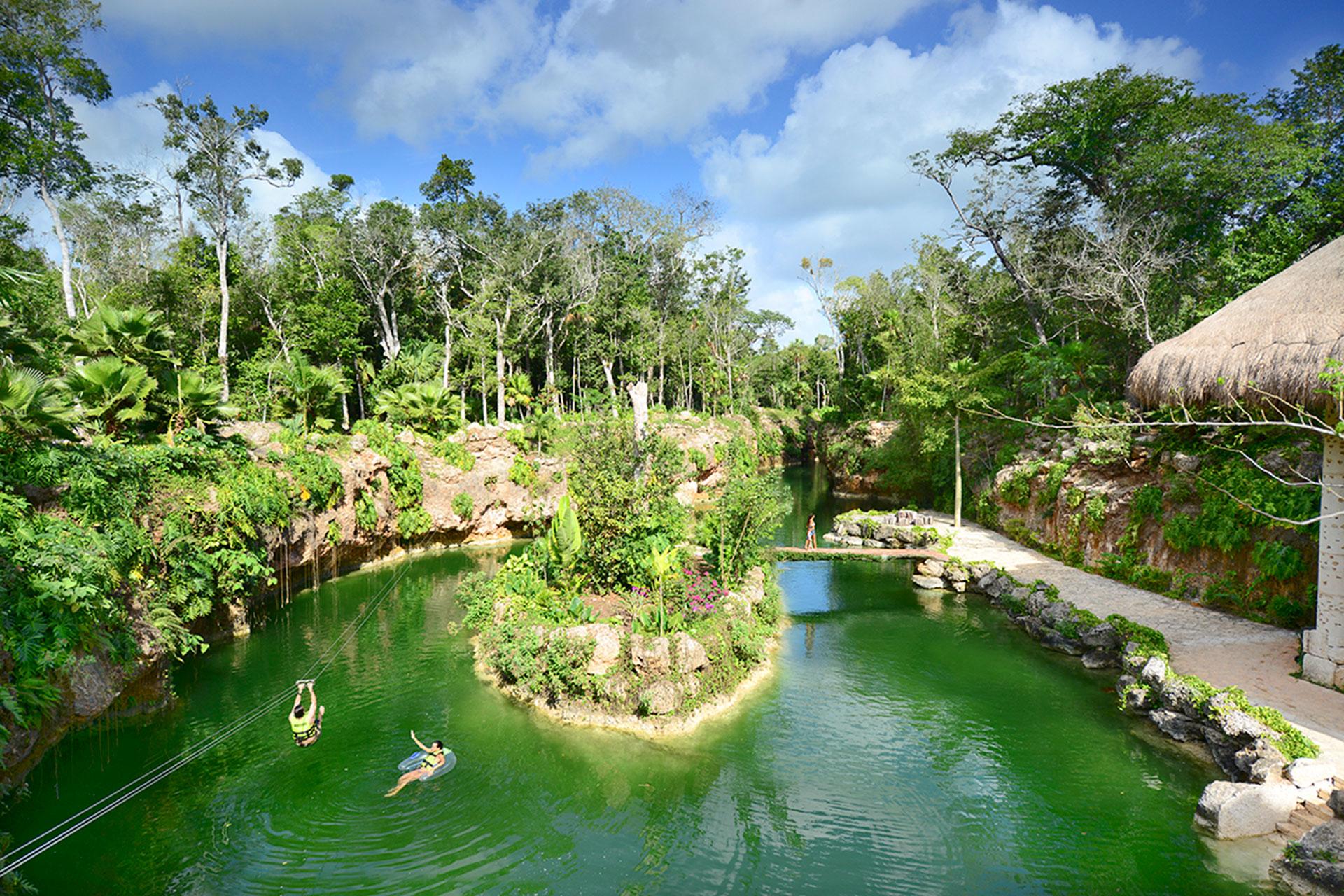 Xenotes park, Riviera Maya