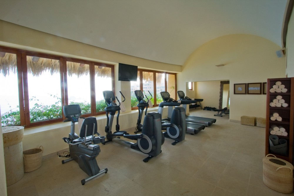 Capella Ixtapa, the gym
