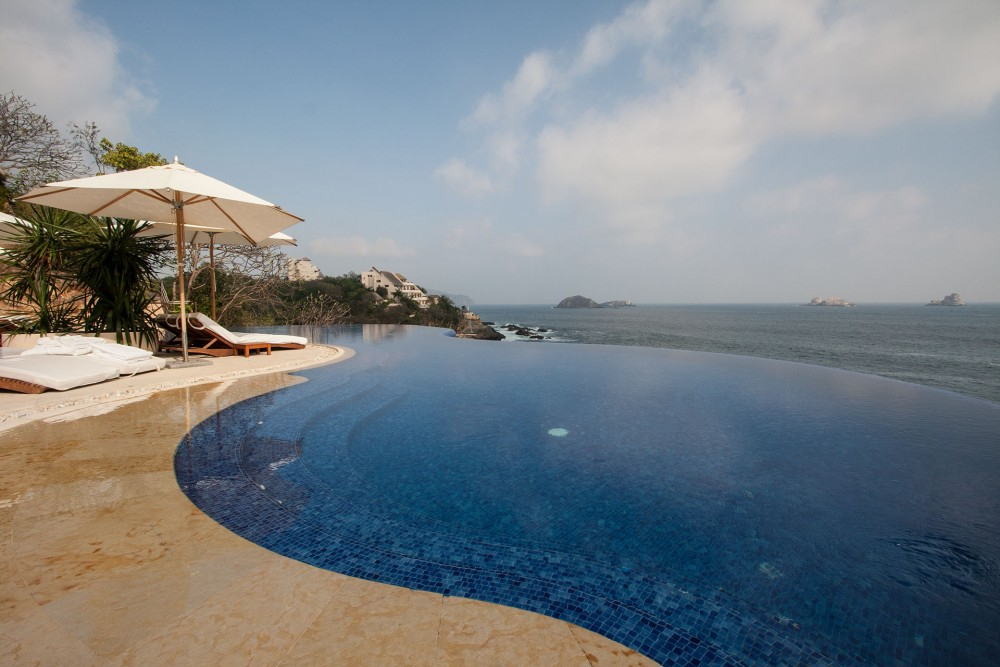 Capella Ixtapa, the pool