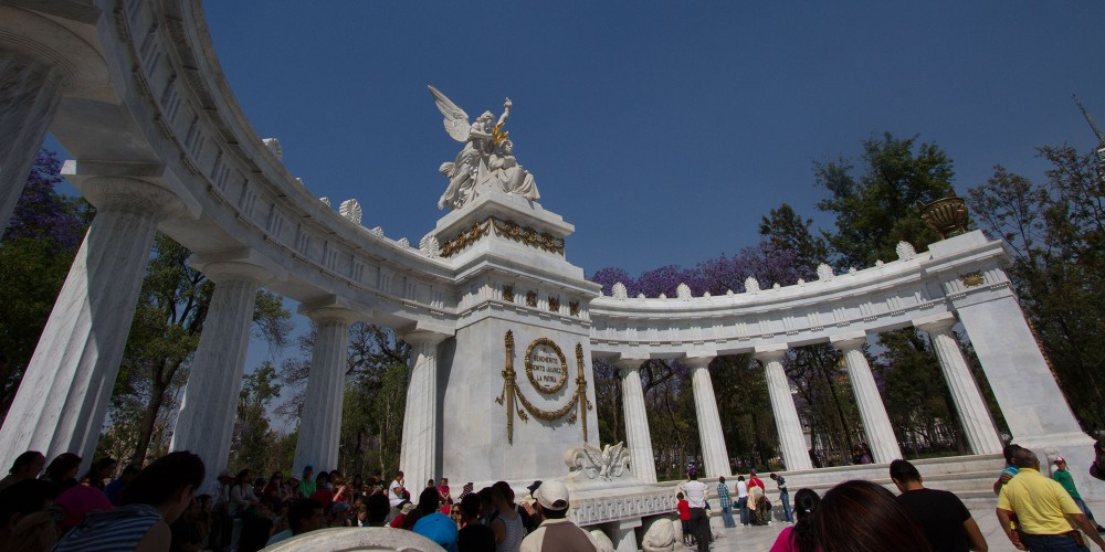 Monument to the Ninos Heroes in Chapultepec park