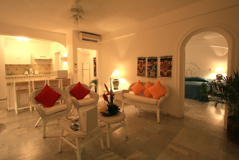 Dolphin Cove Inn, Manzanillo, Two Bedroom Suite