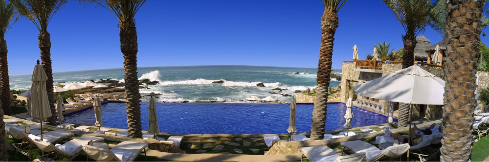 Esperanza, Los Cabos, the main pool