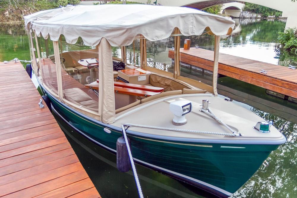 Fairmont Mayakoba, boat transportation