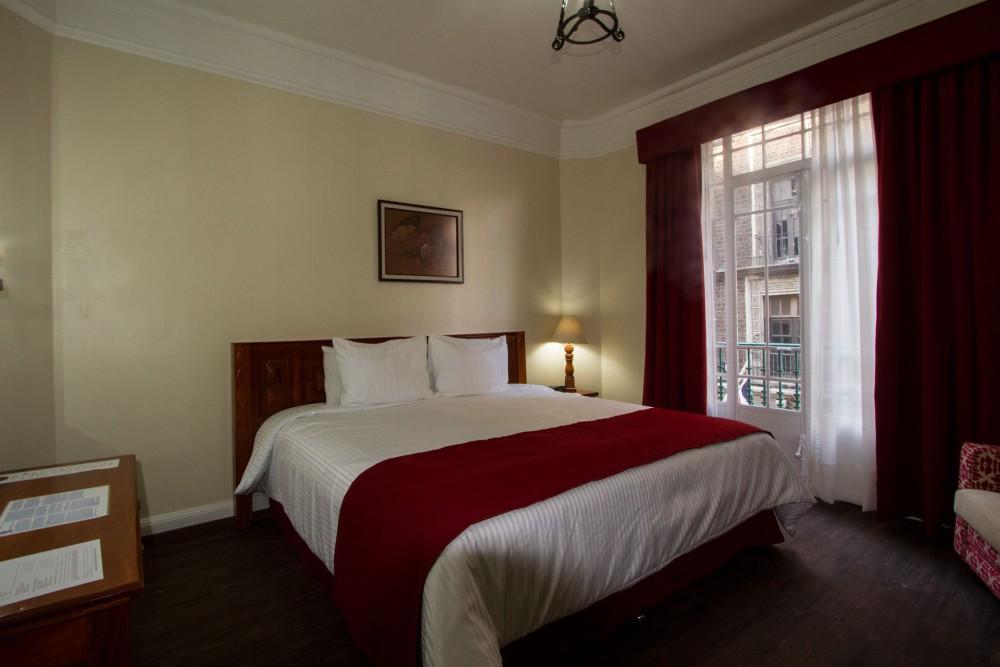 Hotel Majestic, Mexico City. Standard room
