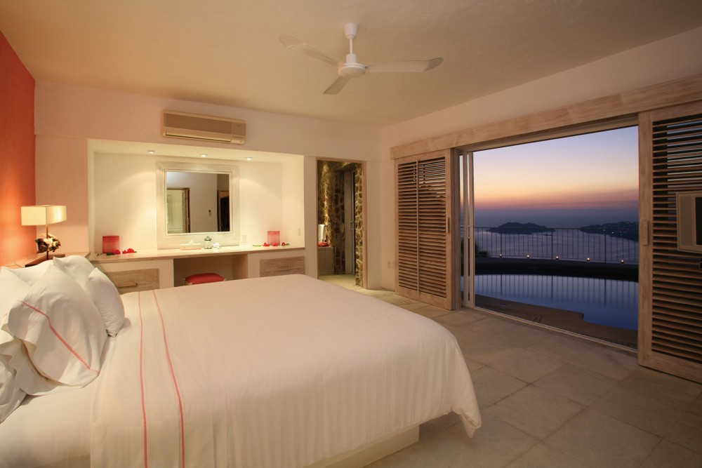 Las Brisas Acapulco, Master Suite with indoor-outdoor pool