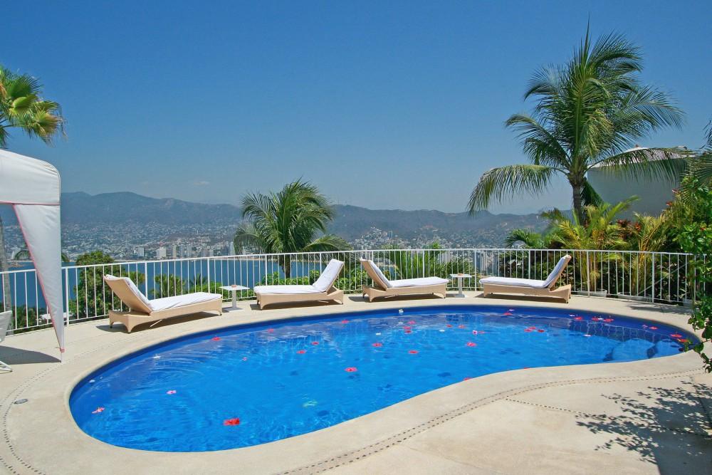 Las Brisas Acapulco, La Encantada