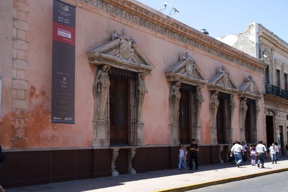Merida's Casa de Cultura