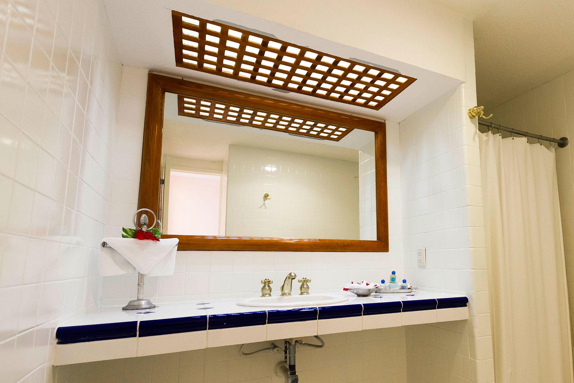 100 surf bathroom accessories playa azul cozumel