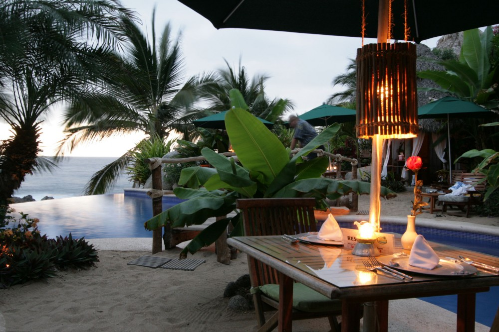 Playa Escondida, near Sayulita, the restaurant