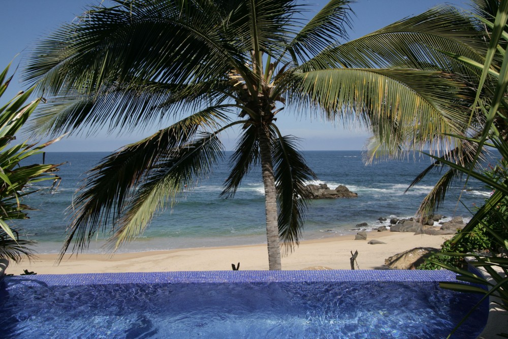 Playa Escondida, near Sayulita, the pool