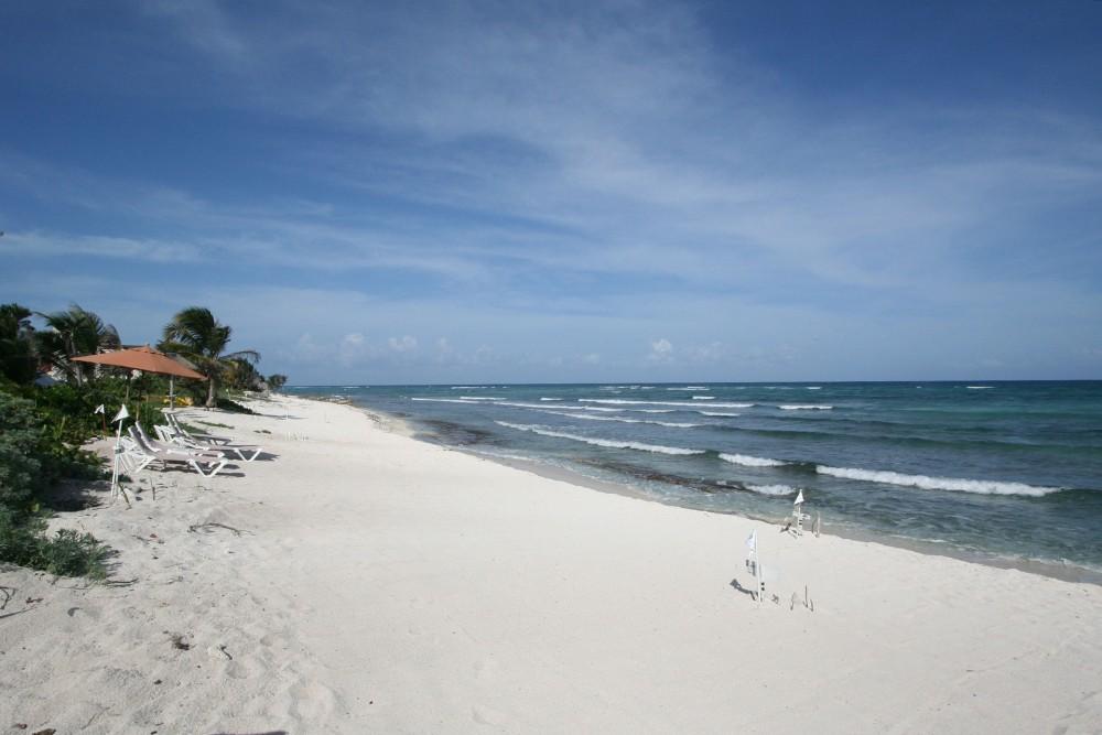 Las Villas Akumal beach