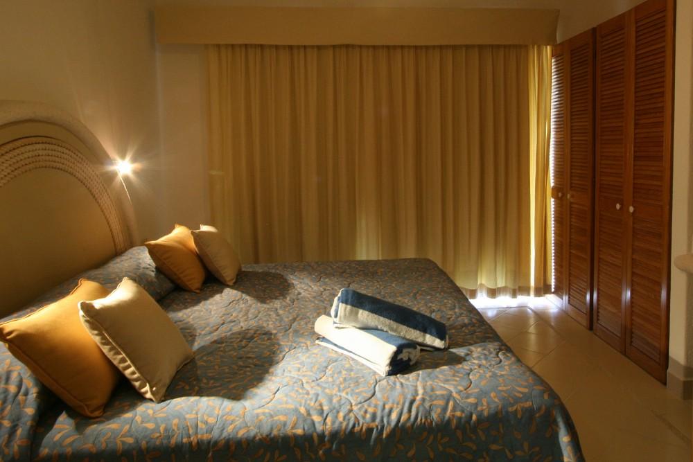 Las Villas Akumal Two Bedroom Suite